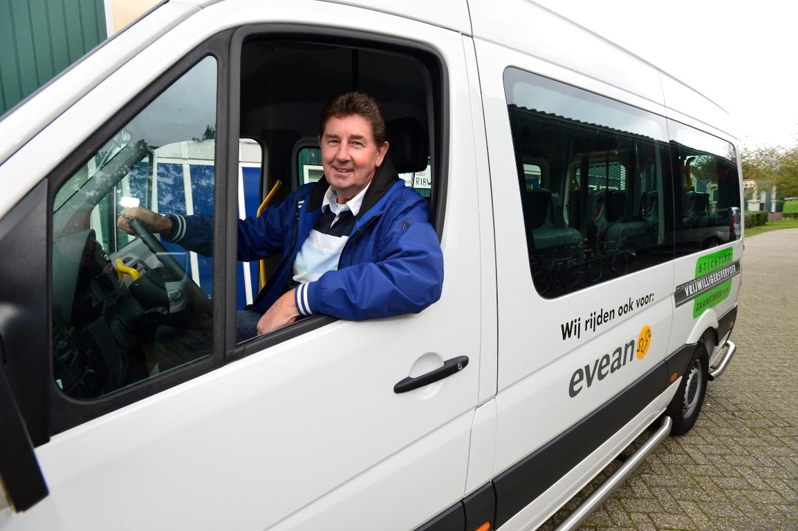 Met de aanschaf van de nieuwe bus beschikt Vrijwilligersvervoer Zaanstreek  nu over vier bussen.